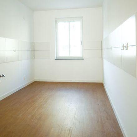 Rent this 4 bed apartment on Nepple Eiscafe in Hans-Fromm-Straße 3, 01127 Dresden