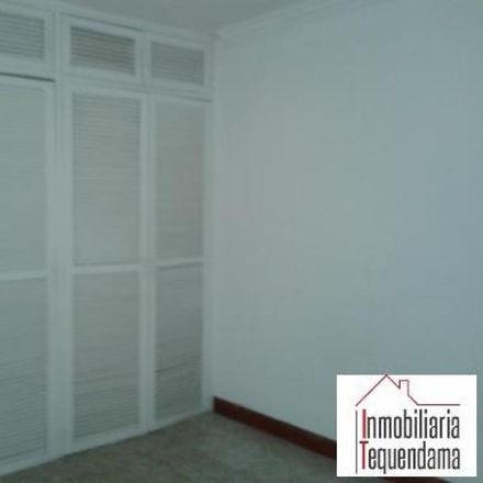 Rent this 3 bed apartment on Sede social Miranda in Calle 81, Comuna 4 - Aranjuez