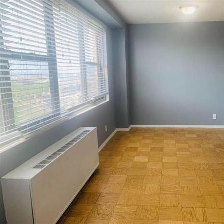 Rent this 1 bed house on 201 St Pauls in 201 Saint Paul's Avenue, Jersey City