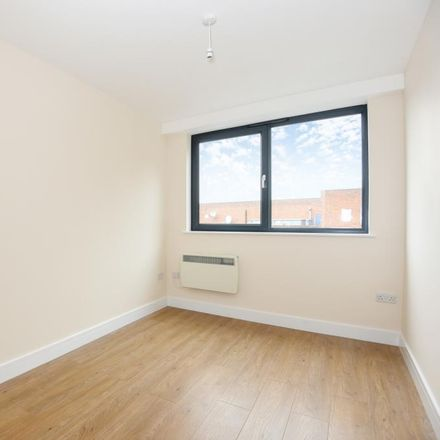 Rent this 2 bed apartment on Barclays in Long Lional, Aylesbury HP20 1TW