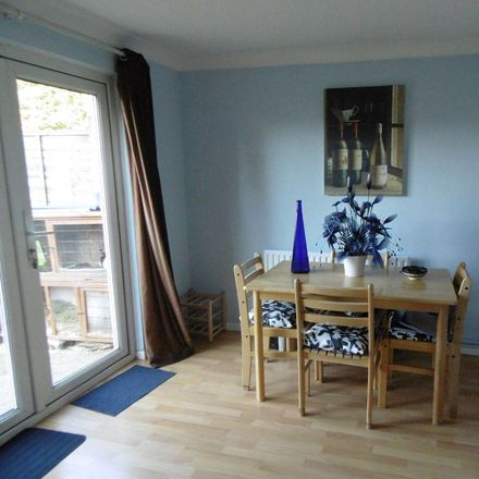 Rent this 3 bed house on Orkney Close in Basingstoke and Deane RG24 9UU, United Kingdom