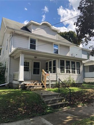 Rent this 3 bed house on 999 Avon Street in Akron, OH 44310