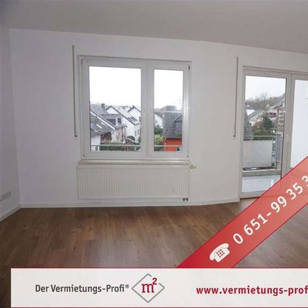 Rent this 4 bed duplex on 54294 Trier