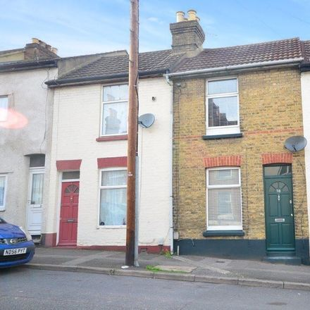 Rent this 2 bed house on The Castle Press in 50 Castle Road, Chatham ME4 5HY