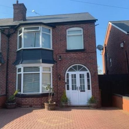 Rent this 3 bed house on Redditch Road in Hawkesley B38 8PP, United Kingdom