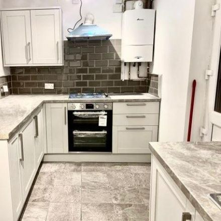 Rent this 3 bed house on The Pines in Walsall WS1 3AN, United Kingdom