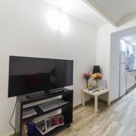 Rent this 2 bed apartment on Calle de Jorge Juan in 155, 28028 Madrid