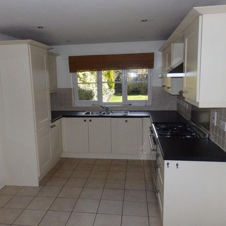 Rent this 4 bed house on Cold Ash Hill in Cold Ash RG18 9PA, United Kingdom