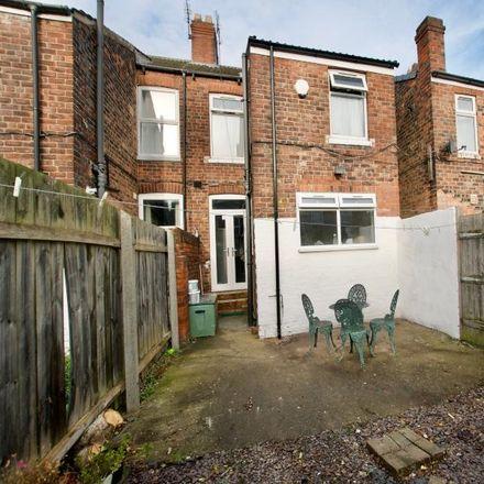 Rent this 3 bed room on Haworth Street in Hull HU6 7RQ, United Kingdom