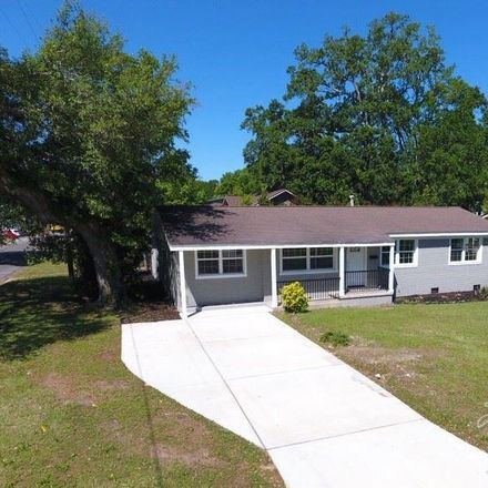 Rent this 4 bed house on 2601 North 13th Avenue in Pensacola, FL 32503