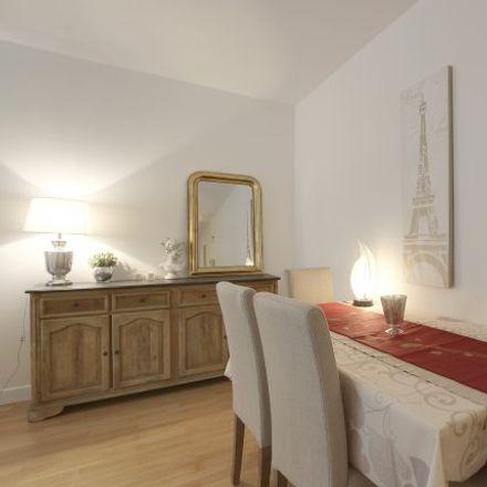 Rent this 2 bed apartment on 13 Rue Léonard de Vinci in 75116 Paris, France