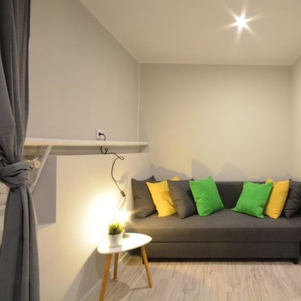 Rent this 4 bed room on Rybnicka in 40-038 Katowice, Polonia