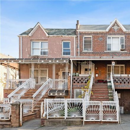 Rent this 5 bed townhouse on 6th Ave in Brooklyn, NY