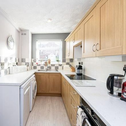 Rent this 3 bed house on Carlton Street in Higher Walton WA4 6LZ, United Kingdom