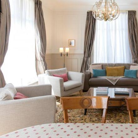Rent this 3 bed apartment on 54 Rue Vieille du Temple in 75003 Paris 3e Arrondissement, France