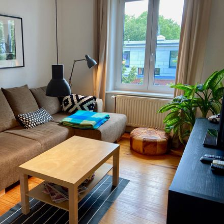 Rent this 3 bed apartment on Lindenallee 34 in 20259 Hamburg, Germany