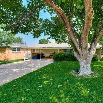 Rent this 3 bed house on 802 Lawson Avenue in Midland, TX 79701