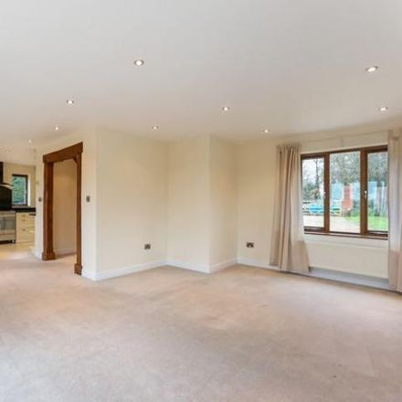 Rent this 4 bed house on Hardwick Lane in Stratford-on-Avon B80 7AD, United Kingdom