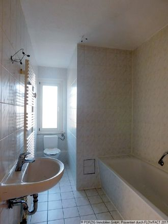 Rent this 3 bed apartment on Saxony