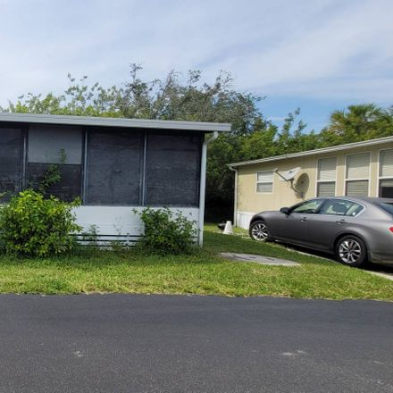 Rent this 1 bed house on White Dr in Zephyrhills, FL