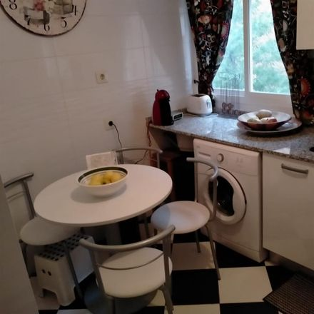Rent this 1 bed room on Centro Madrid Salud Carabanchel in Calle de Eugenia de Montijo, 90