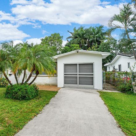 Rent this 3 bed house on 930 Johnson Street in Hollywood, FL 33019