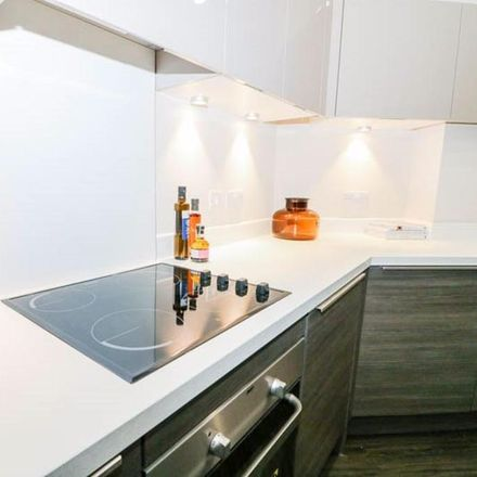 Rent this 2 bed apartment on Green Flag in Ring Road Farsley, Leeds LS99 3JP