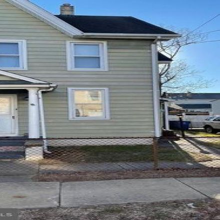 Rent this 2 bed condo on Riverside Township in 169 Leach Street, Riverside