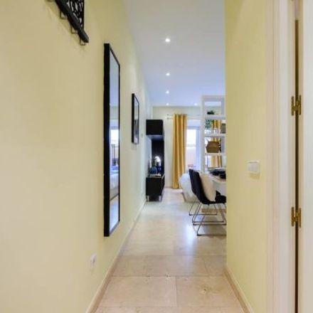 Rent this 1 bed apartment on Centro de Salud Universidad in Calle de la Palma, 28001 Madrid