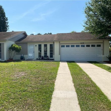 Rent this 3 bed house on Zinnia Ct in Kissimmee, FL