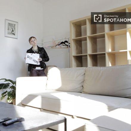 Rent this 1 bed apartment on Rue de la Croix de Pierre - Stenen-Kruisstraat 59 in 1060 Saint-Gilles - Sint-Gillis, Belgium
