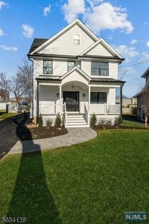 Rent this 5 bed apartment on 22 Amelia Avenue in Livingston, NJ 07039