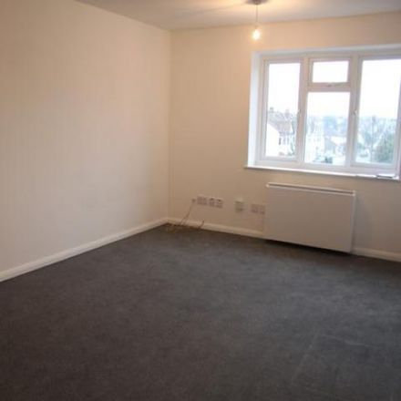 Rent this 1 bed apartment on Blenheim Crescent in Leigh on Sea SS9 3JB, United Kingdom