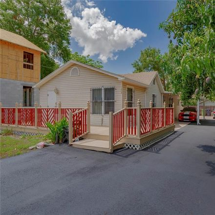 Rent this 3 bed house on 1213 East Giddens Avenue in Tampa, FL 33603