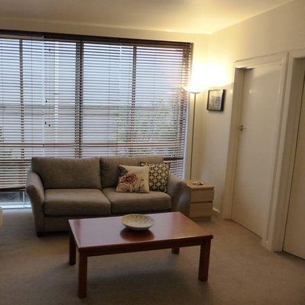 Rent this 1 bed apartment on 5/621 Toorak road