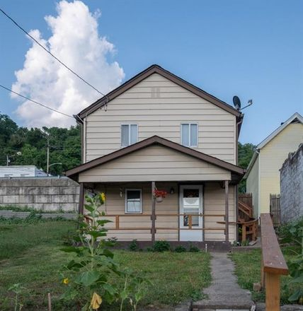 Rent this 2 bed house on 605 Indiana Avenue in Glassport, PA 15045