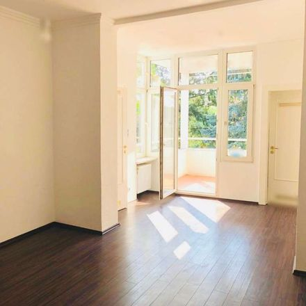 Rent this 3 bed apartment on Königswinterer Straße in 53227 Bonn, Germany
