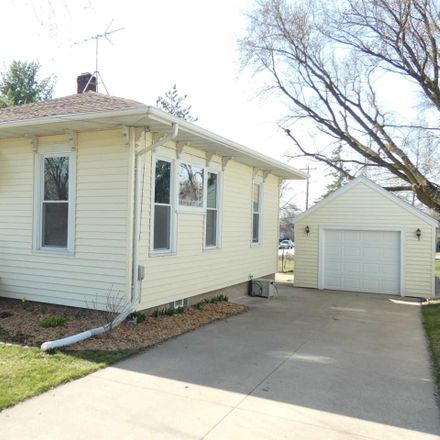 Rent this 2 bed house on 1517 Florence Street in Kaukauna, WI 54130