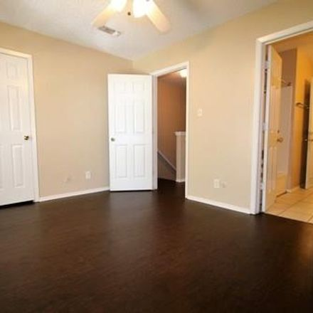Rent this 2 bed duplex on 3824 Coates Circle in Benbrook, TX 76116