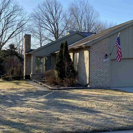 Rent this 2 bed condo on 17670 East Kirkwood Drive in Clinton Township, MI 48038
