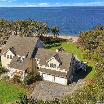 Rent this 4 bed house on 584 East Long Beach Road in Nissequogue, NY 11780