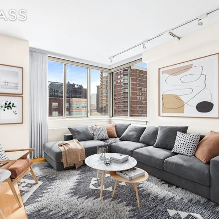 Rent this 1 bed condo on 250 East 30th Street in New York, NY 10016