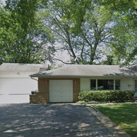 Rent this 3 bed house on Ferndale Road in Glenview, IL 60025