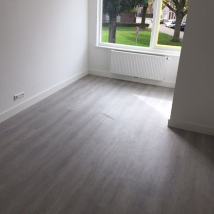 Rent this 0 bed apartment on Heile Schoorstraat in 5018 CN Tilburg, Netherlands