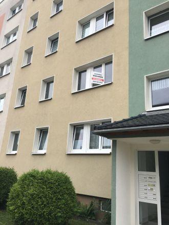 Rent this 3 bed apartment on Lübenstraße 19 in 06449 Aschersleben, Germany