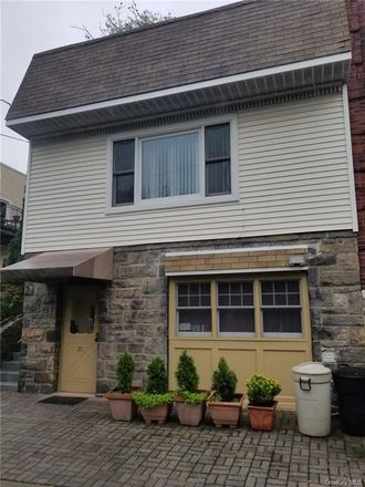 Rent this 2 bed house on 72 Gavin Street in Yonkers, NY 10701