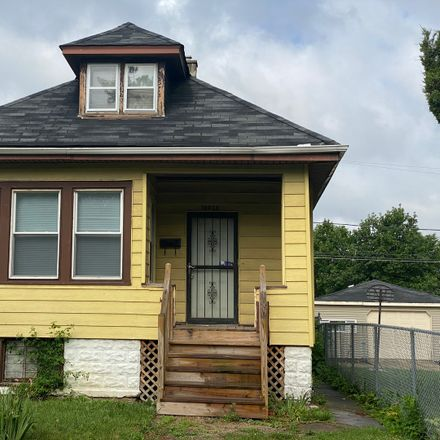 Rent this 4 bed house on 10030 South Lowe Avenue in Chicago, IL 60628