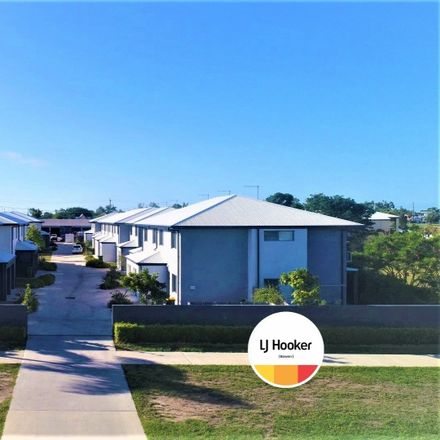 Rent this 3 bed house on 11/6 Brisbane Street