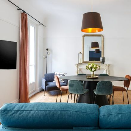 Rent this 2 bed apartment on 15 Rue Cardinet in 75017 Paris, France