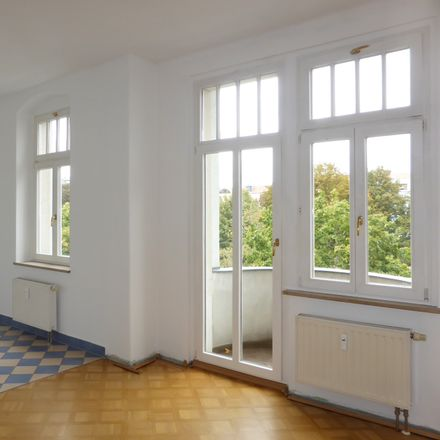 Rent this 3 bed apartment on Conertplatz 4 in 01159 Dresden, Germany